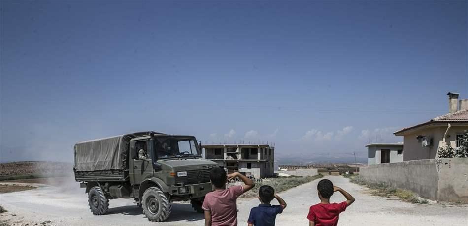 بلومبرغ: تجنبًا لصراع كارثي.. اتفاق روسي - تركي يدخل حيز التنفيذ في سوريا وهذه بوادره