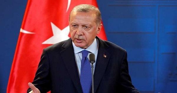 أردوغان: نطالب السعودية بتوضيح أسباب عدم خروج خاشقجي من المبنى