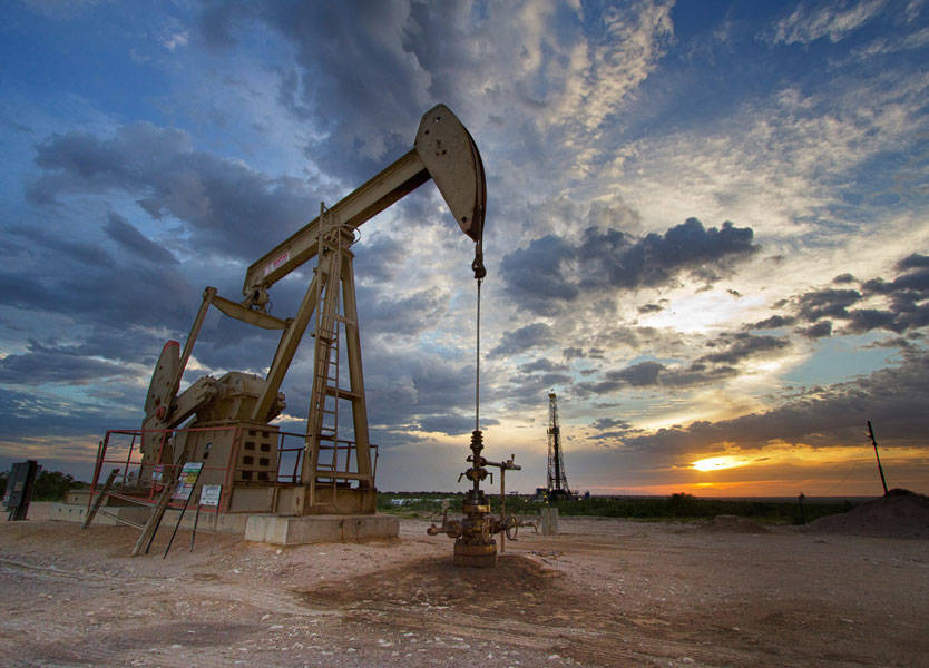أسعار النفط تواصل دعم البورصة السعودية ومعظم الخليج يرتفع