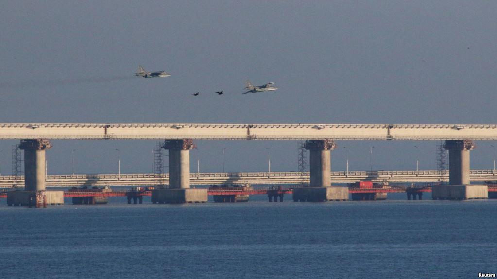 كييف: روسيا هاجمت واحتجزت سفنا أوكرانية