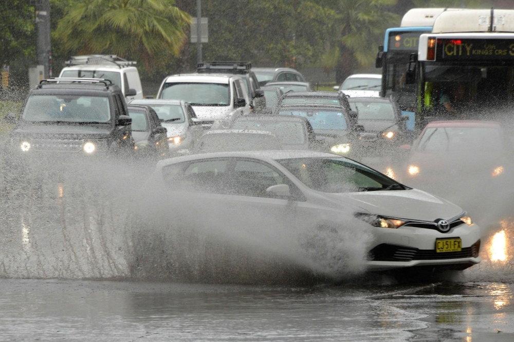 الطقس السيئ في استراليا يغرق سيدني