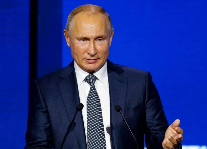 بوتين يتهم الرئيس الأوكراني بافتعال مواجهة بحرية لكسب مؤيدين له