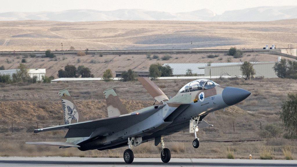 إسرائيل تقصف في سوريا للمرة الأولى منذ إعلان الانسحاب الأمريكي
