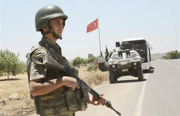 عملية تطهير جديدة في صفوف الجيش التركي
