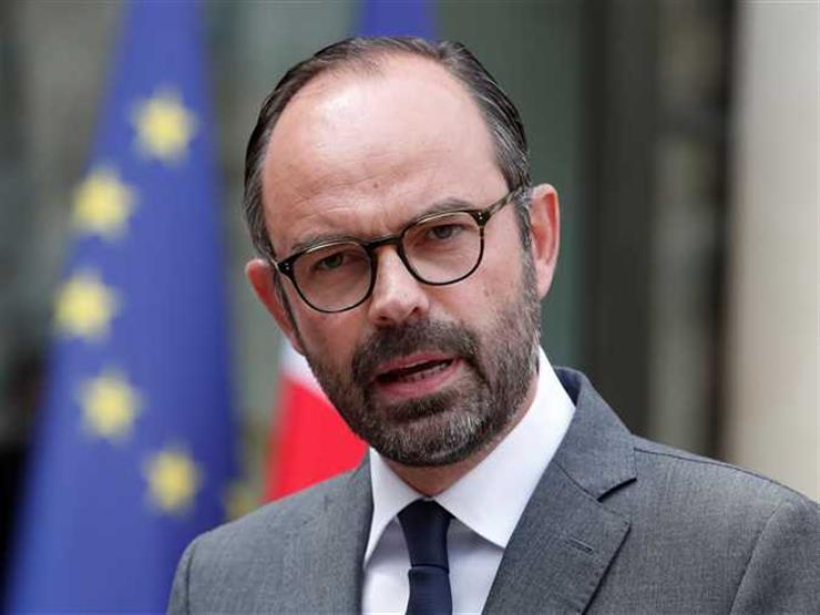 رئيس الوزراء الفرنسي سيعلن تجميد رفع الضرائب على المشتقات النفطية