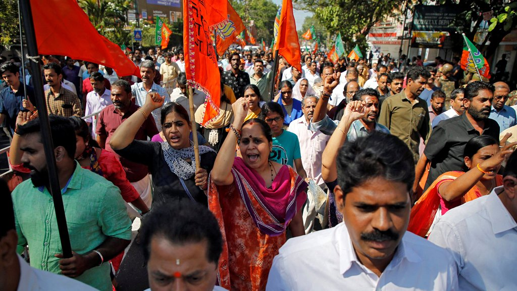 الهند: احتجاجات في ولاية كيرالا بعد دخول امرأتين معبدا هندوسيا