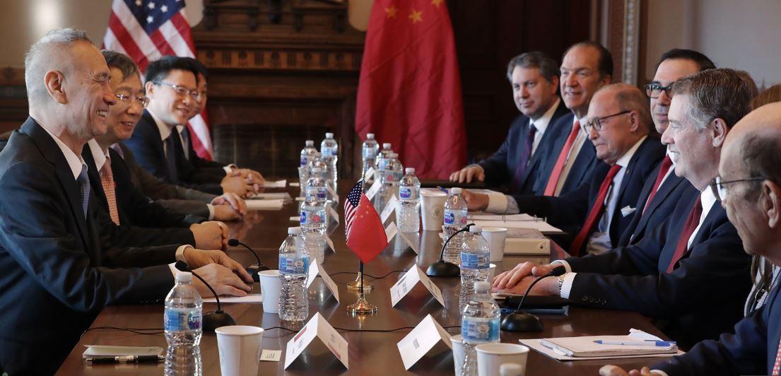 بدء المحادثات التجارية الأميركية الصينية في البيت الأبيض