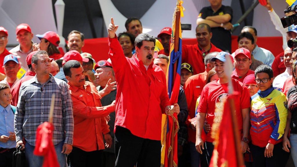 الاتحاد الأوروبي يدعو إلى تفادي التدخل العسكري في فنزويلا