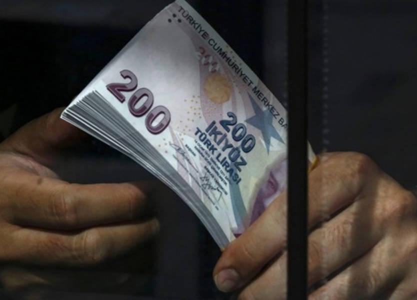 بورصة اسطنبول: أسواق العملات الخارجية لا تعكس سعر الليرة