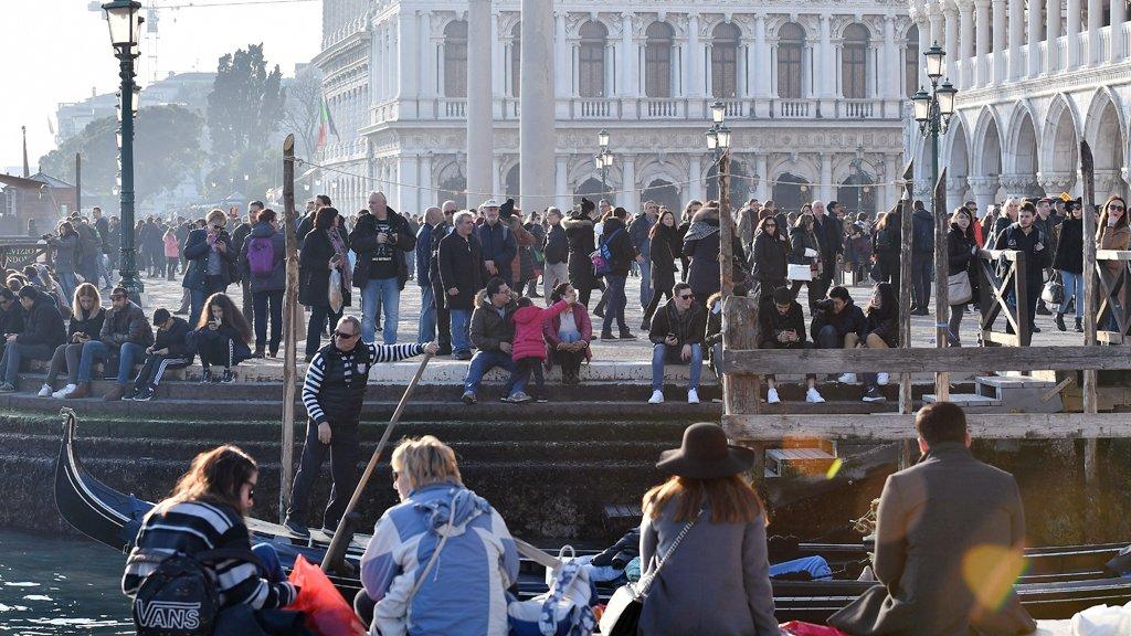 ثورة سكان البندقية ضد السياحة