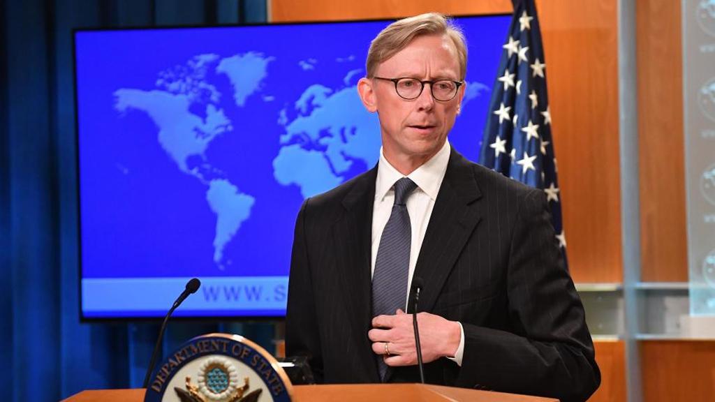 أمريكا ستعاقب أي بلد يستورد النفط الإيراني